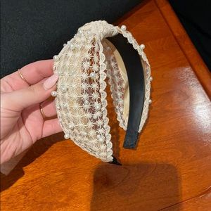 Pearl and lace headband